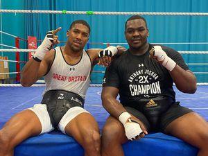 SPORTAnthony Joshua with Wolverhampton heavyweight sparring partner Hosea Stewart