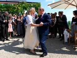 Putin dances at wedding of Austria's foreign minister
