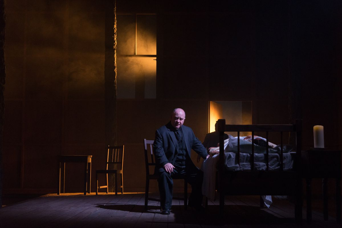 Cornelius Clarke as Reverend Parris. Pictures by: Alessia Chinazzo