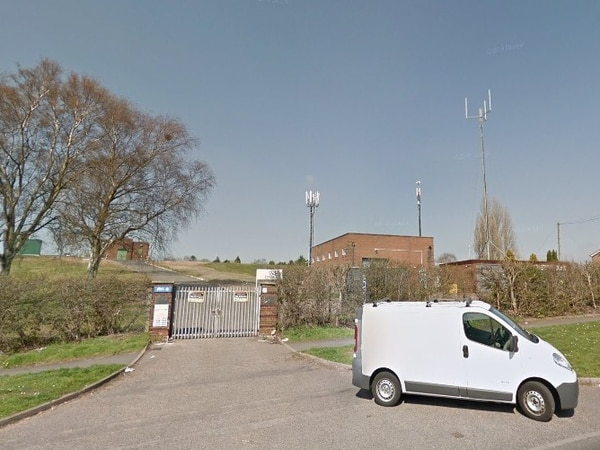 'Eyesore' masts to be taken down and replaced with 75 foot tower