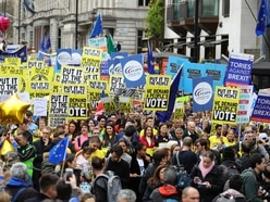 Hundreds of thousands descend on central London to demand a People's Vote
