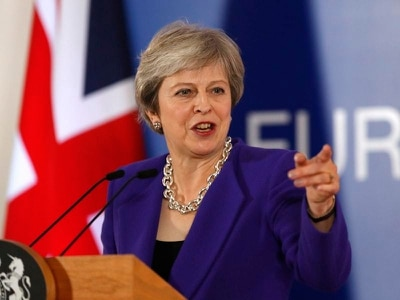 Move to extend Brexit transition period attacked by Tories