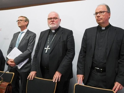 German bishops apologise for thousands of sex abuse cases