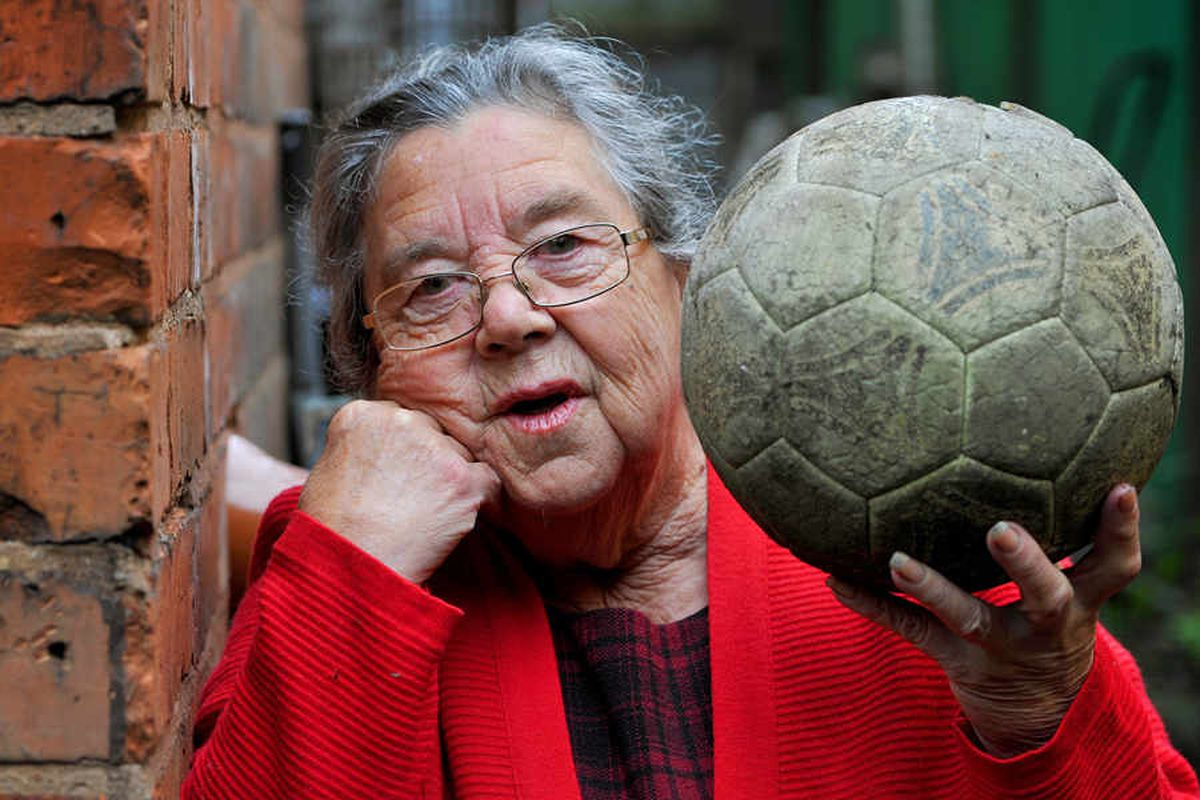 'End my football nightmare': Pensioner tells of years of smashed windows and trespassers from former Darlaston Town ground