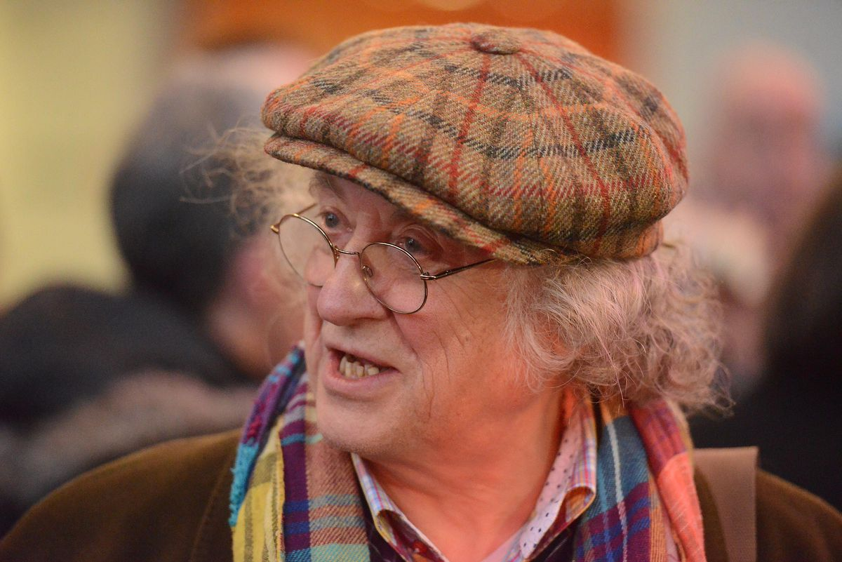 Noddy Holder helping to switch the Christmas lights on in 2014 at Walsall Manor Hospital