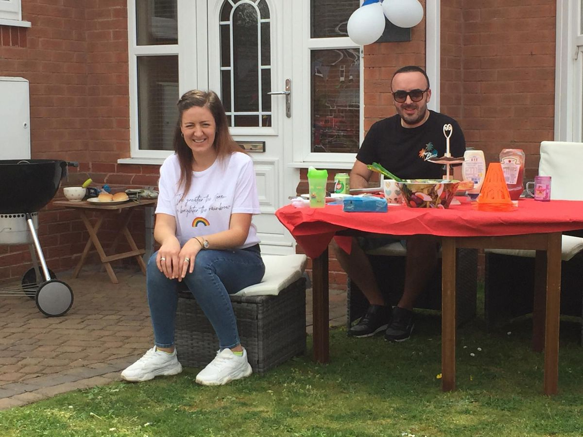Celebrations in Earl's Keep, Dudley