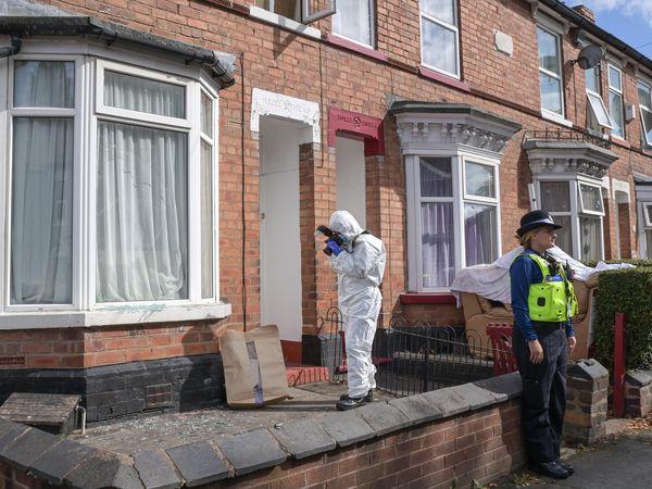 Investigators in Hordern Road. Photo: SnapperSK