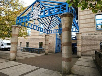 Thug jailed for golf club attack