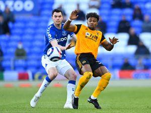 Michael Keane of Everton and Adama Traore of Wolverhampton Wanderers. (AMA)