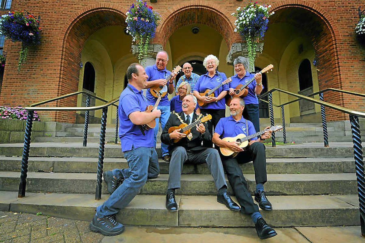 Ukulele stars step up to perform at Dudley Council House
