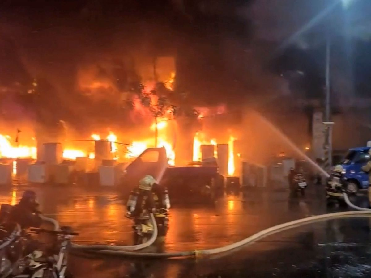 25 killed as fire engulfs 13-storey apartment building in southern Taiwan