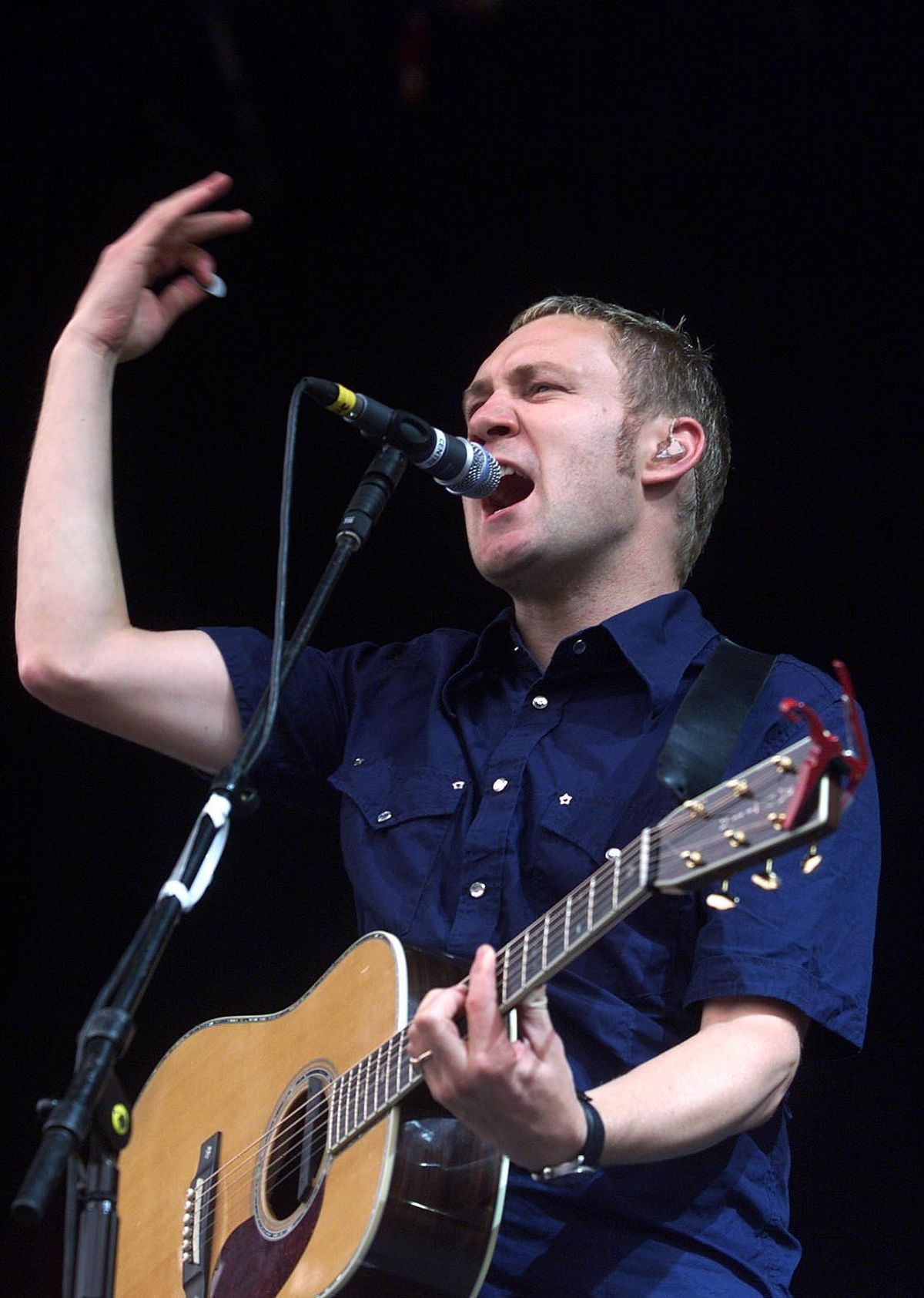 David Gray performs at V Festival in Weston Park, on the Staffordshire/Shropshire border, in 2001