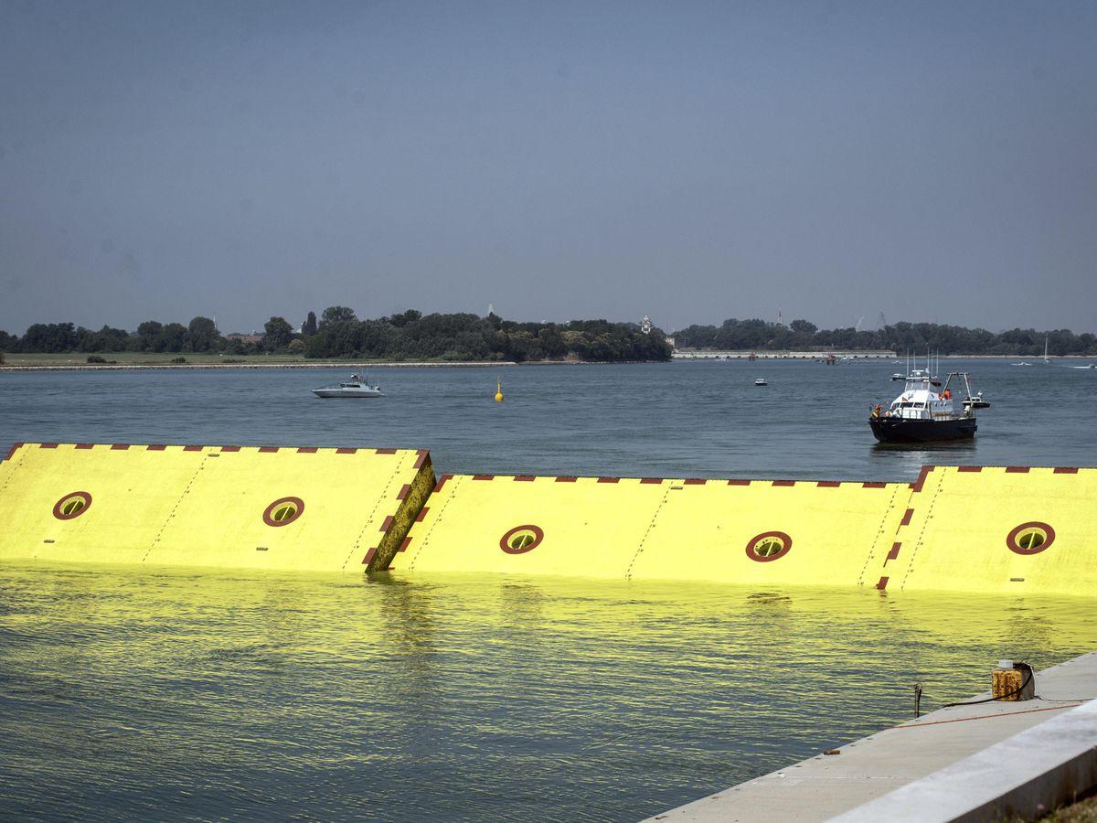 Venice flood barriers
