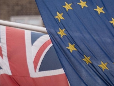 Record number of EU citizens working in UK