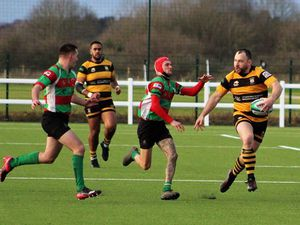 Stafford joy as rivals routed