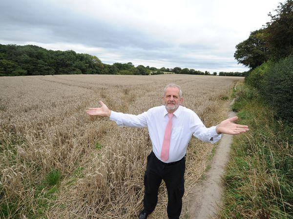 DUDLEY PIC MNA PIC DAVID HAMILTON PIC  EXPRESS AND STAR 12/9/2019 Unhappy houses may be built on cornfields, off Northway, Sedgley, local resident Tony North..