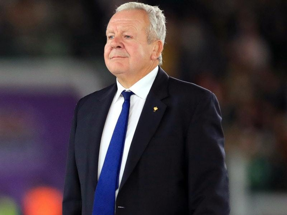 Bill Beaumont re-elected as World Rugby chairman