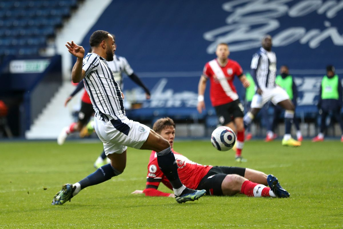 Matt Phillips of West Bromwich Albion scores a goal to make it 2-0. (AMA)
