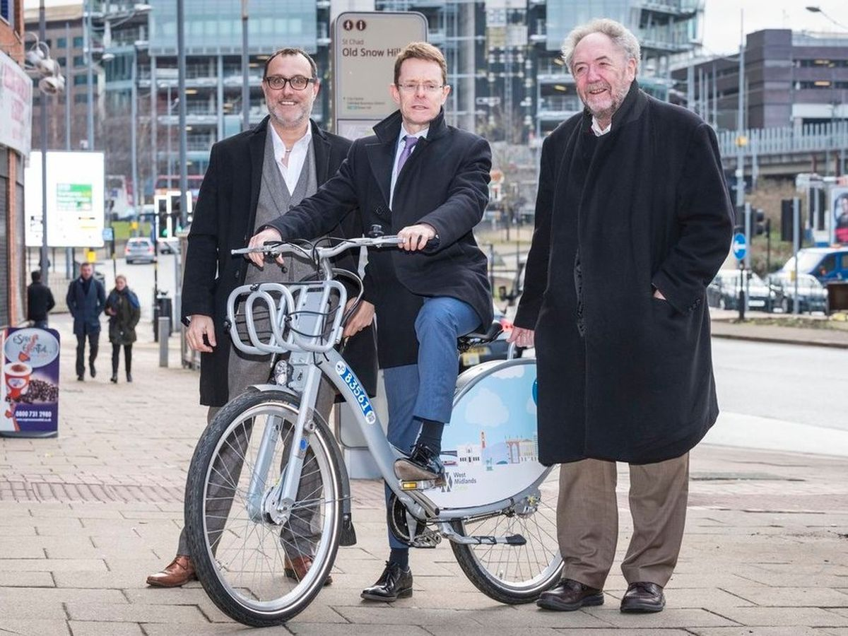 Mayor Andy Street (centre) helped launch the nextbikes scheme