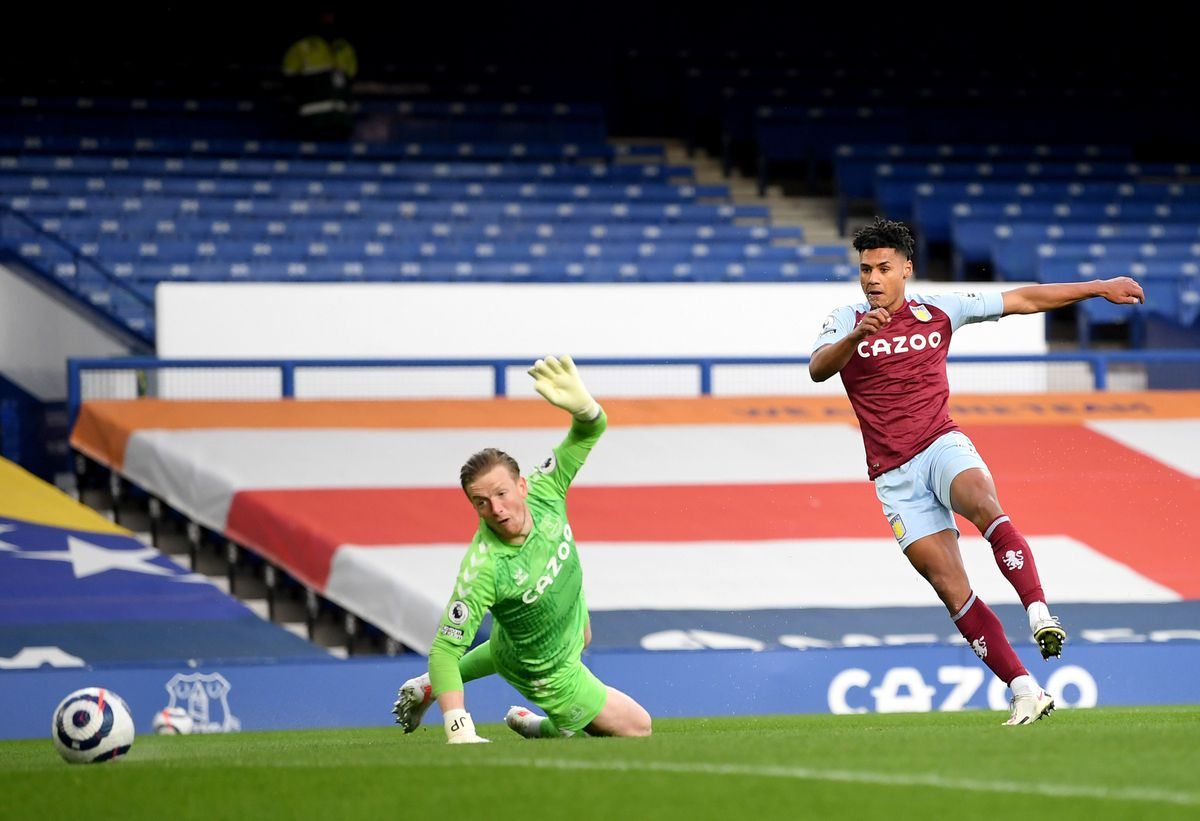Aston Villa's Ollie Watkins (right) scores their side's first goal of the game
