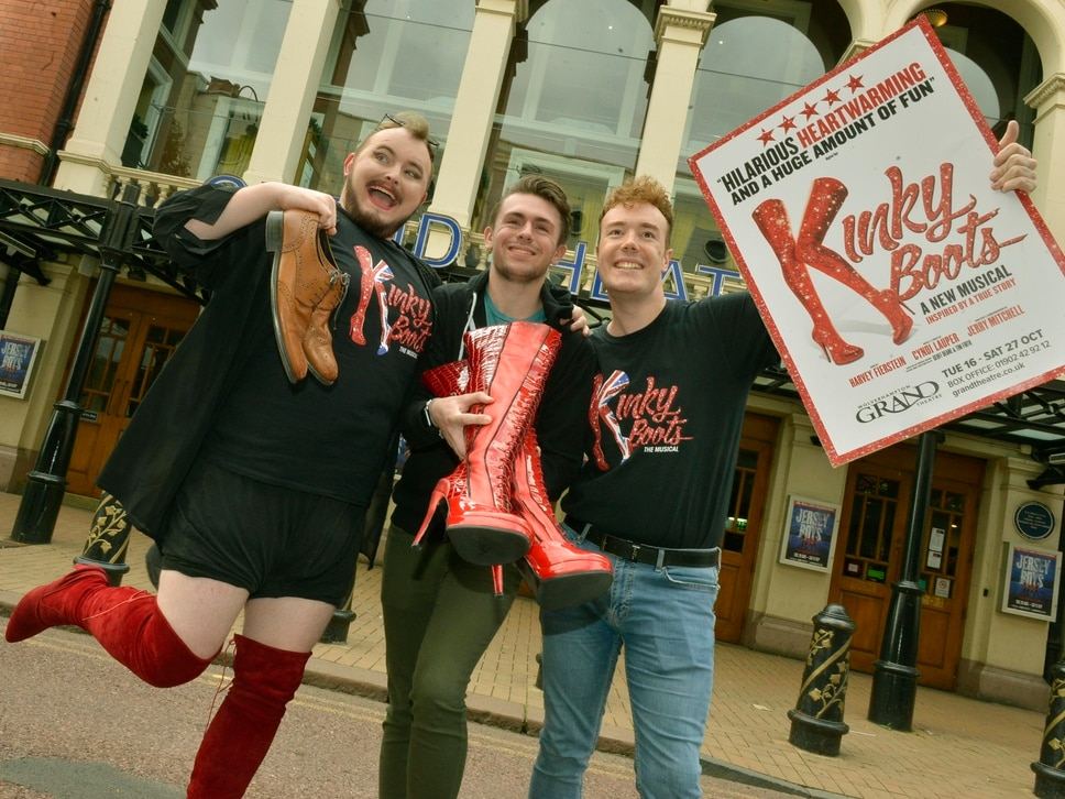 Kinky Boots go for a stroll ahead of Wolverhampton Grand shows