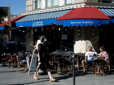 Cafes and restaurants reopen in Paris but customers must keep their distance