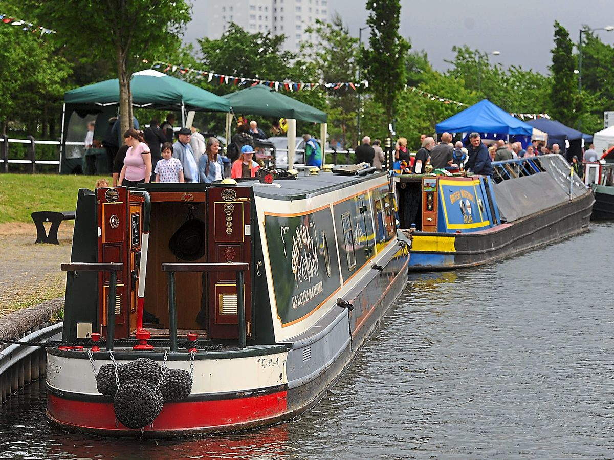 Brownhills Canal Festival barges back in after three years