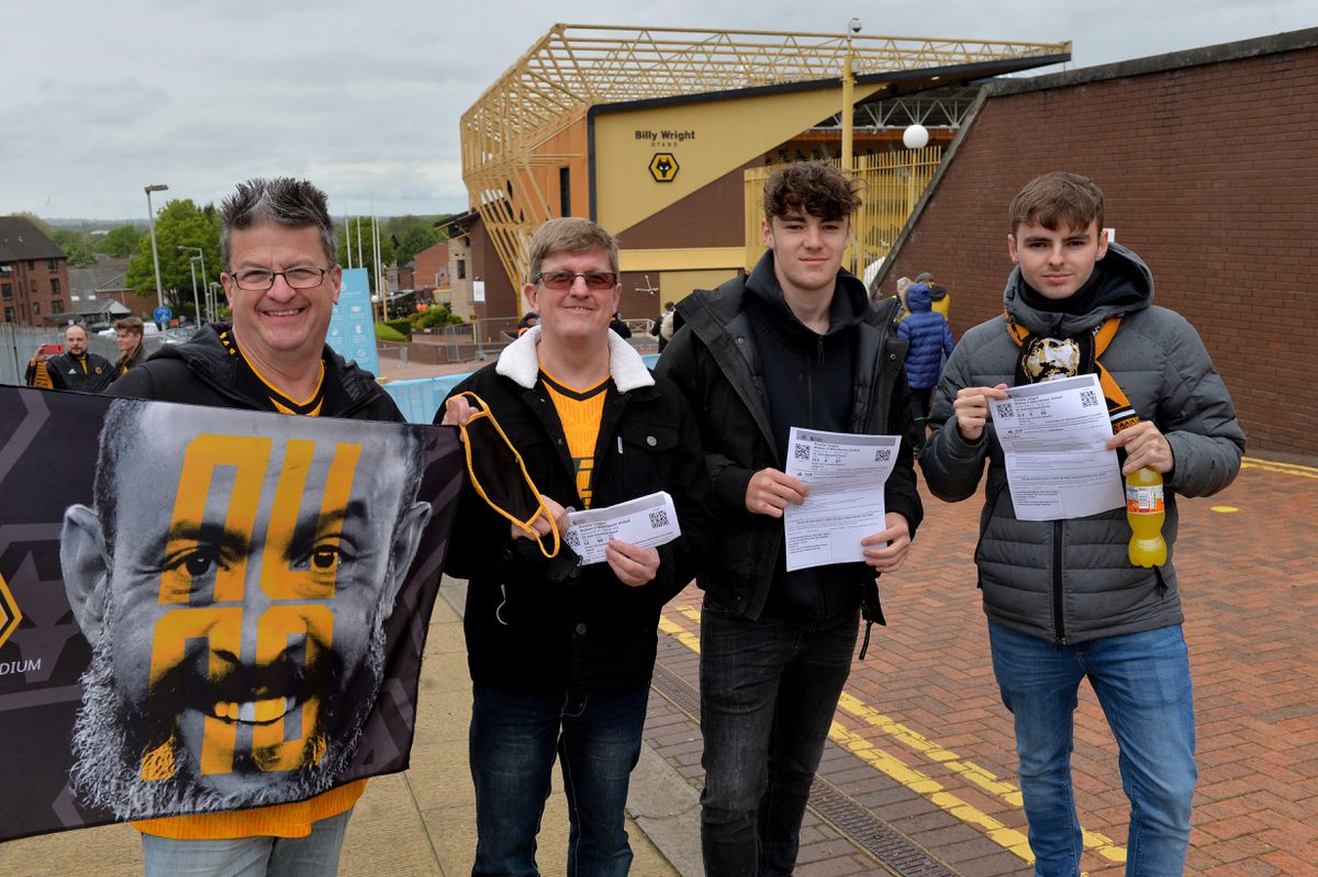 Paul and Andy Davies and Dan and Jay Hammond return to the Molineux