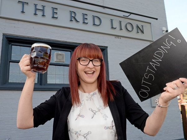 """Wolverhampton pub named """"outstanding"""" in pub awards"""