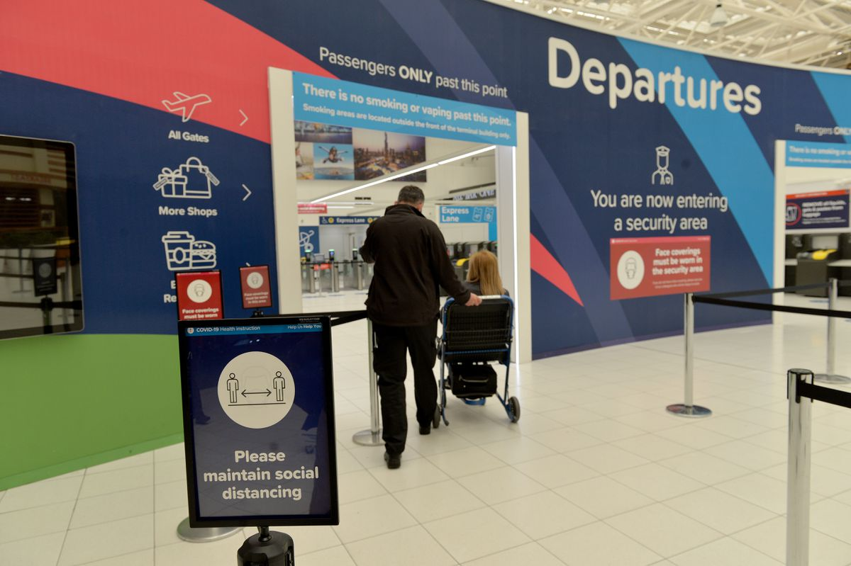 Holidaymakers set off from Birmingham Airport
