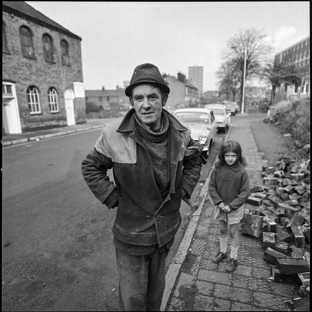 A man and young girl in one of George Foster's pictures of the North Street area of Wolverhampton