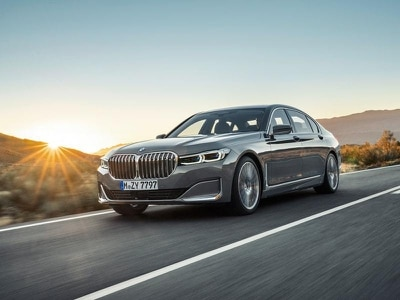 BMW updates 7 Series with more tech and refreshed looks