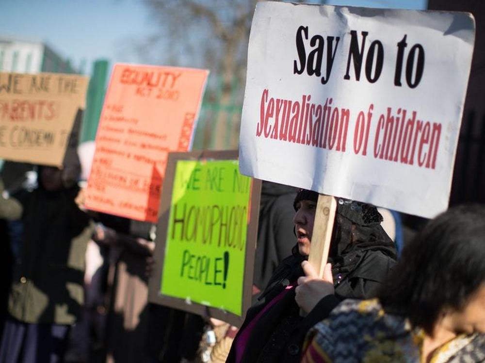 arguments against sex education in primary schools in Albuquerque