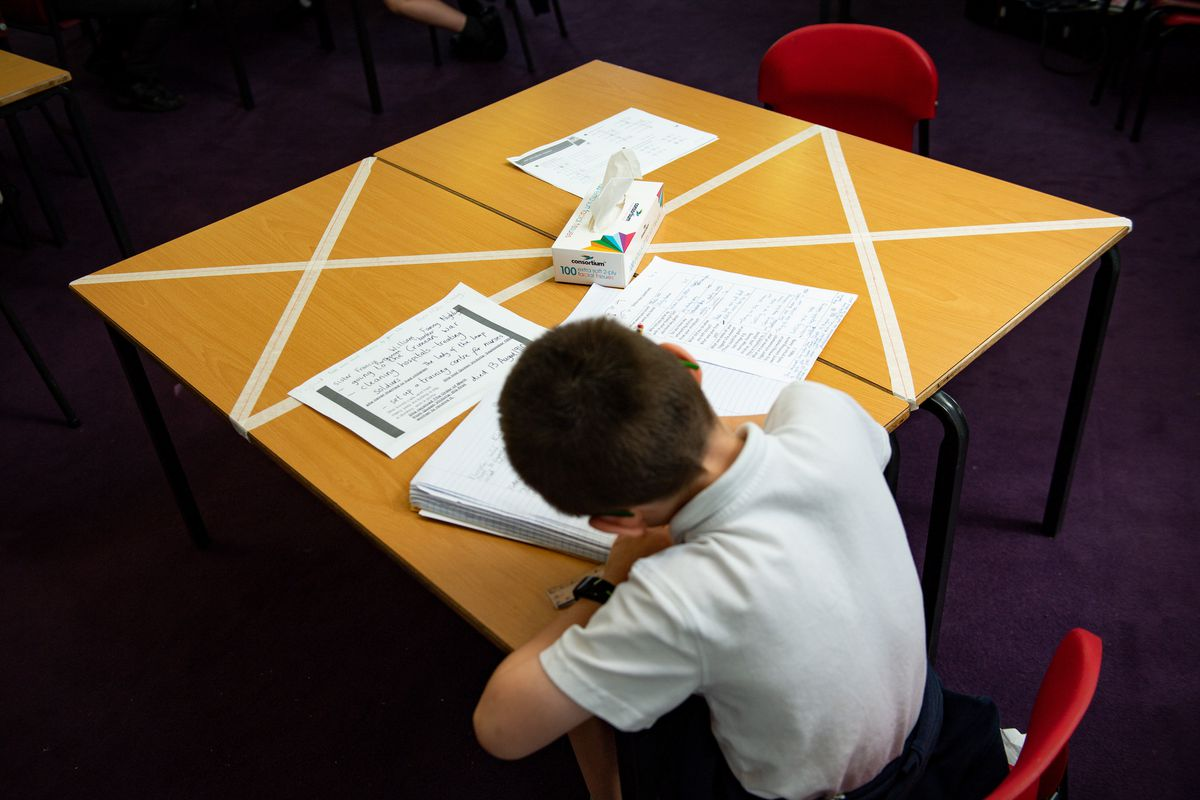 Pupils have been asked to keep wearing face masks