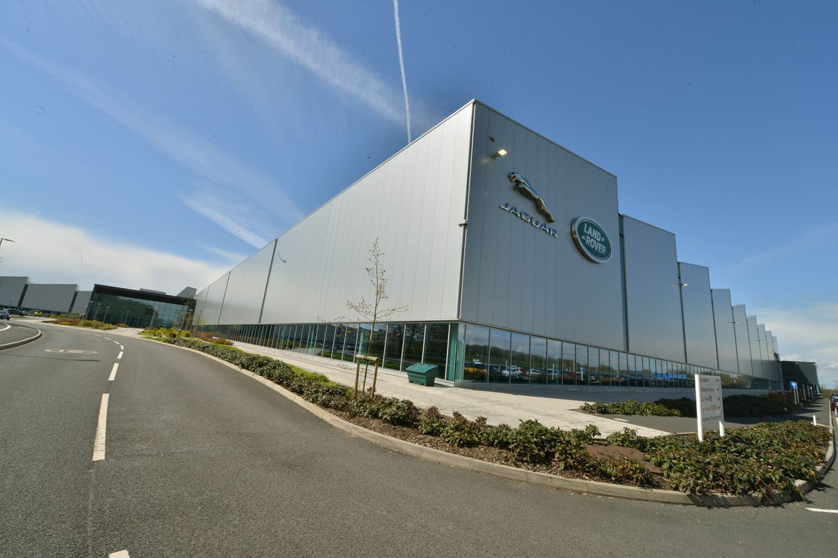 Jaguar Land Rover's Engine Manufacturing Centre at the i54