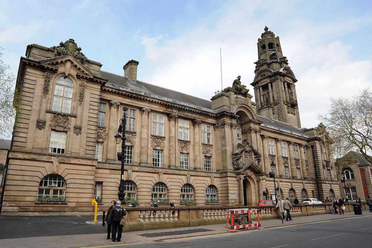 Walsall library visitors in fall of 90,000