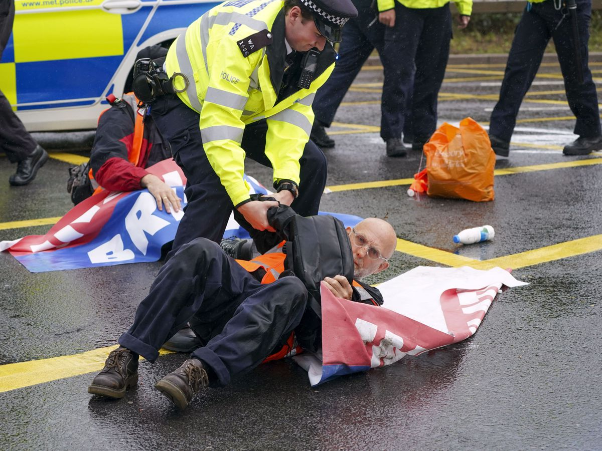 Insulate Britain protests