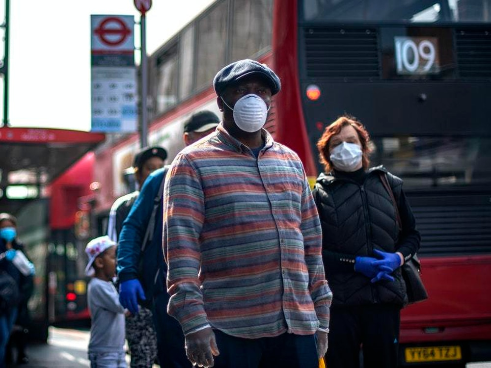 Government urged to take stance on face masks