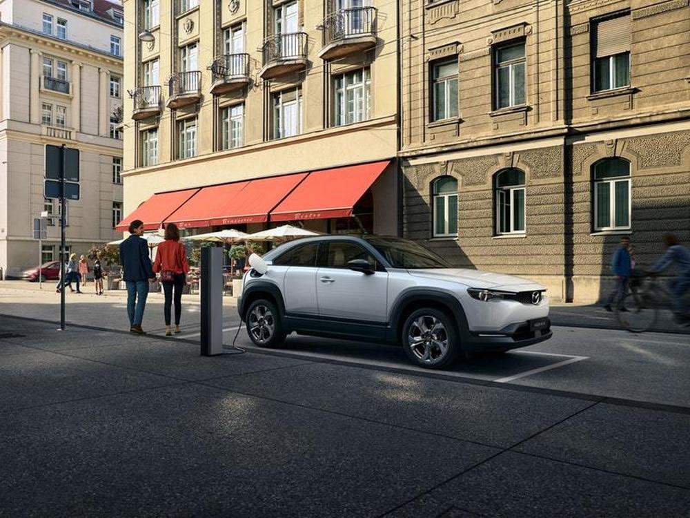 first electric car mazda-ის სურათის შედეგი