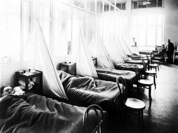 Victims of Spanish flu at US Army Camp Hospital No. 45, Aix-les-Bains, France, in 1918
