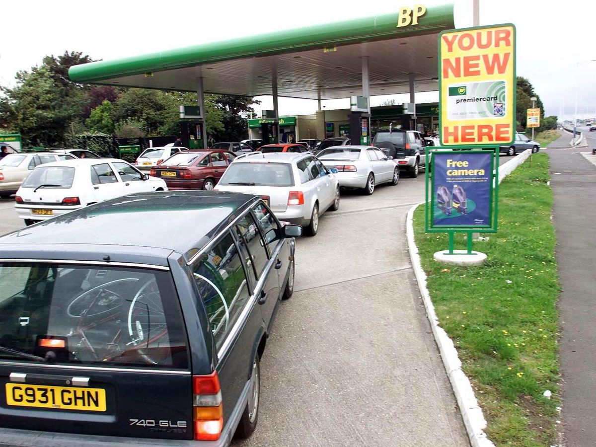 Drivers queue at a filling station