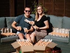Lovebirds hatch plan to make eggstra cash