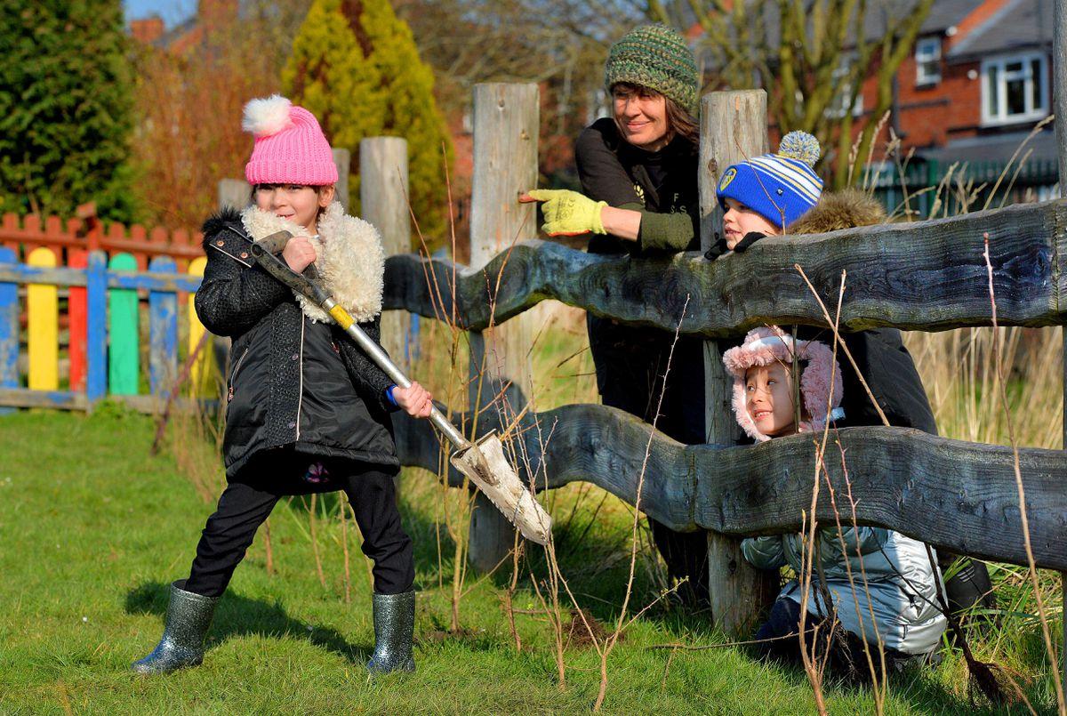 Ruth Wilson and pupils Ruby Kafeel aged six Isaac Westbury aged six Jessica Wang aged six