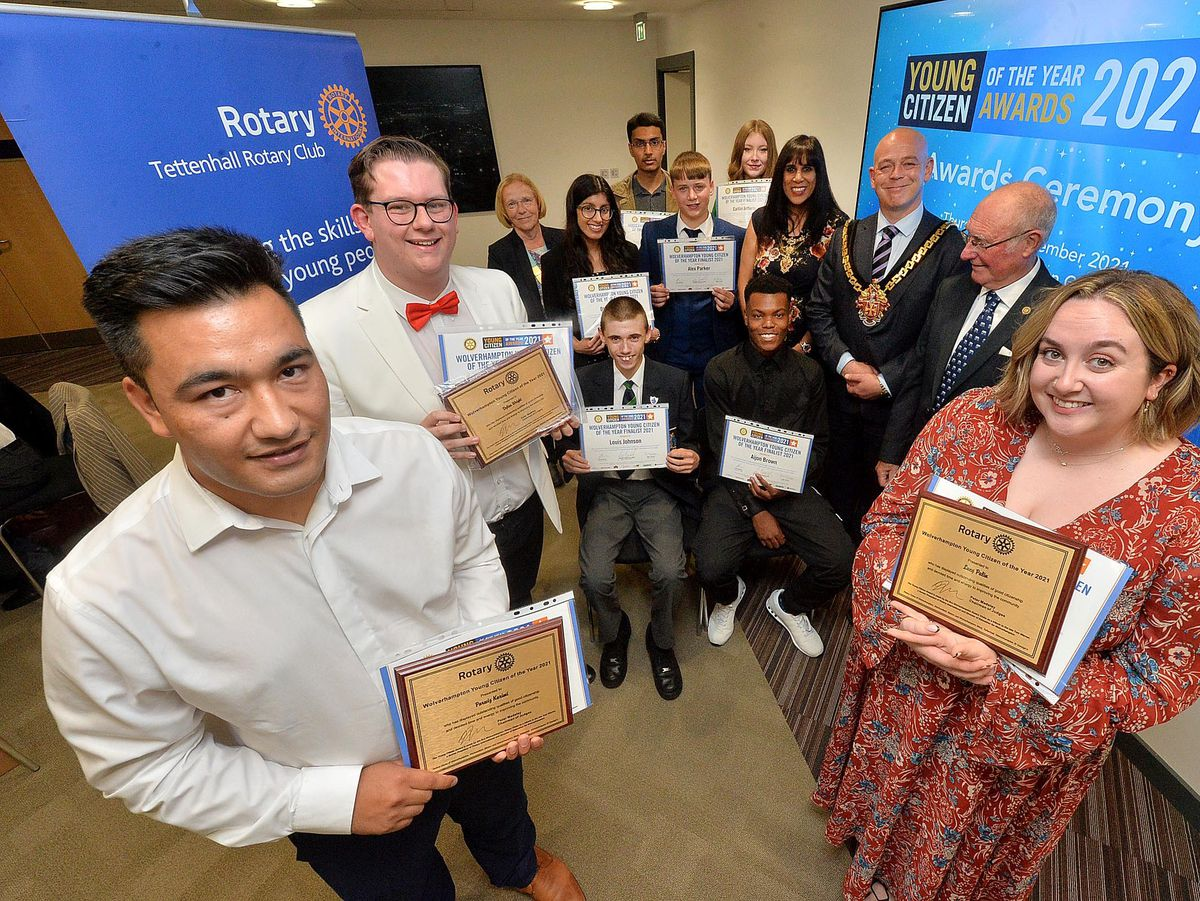 WOLVERHAMPTON COPYRIGHT EXPRESS AND STAR STEVE LEATH 16/09/2021..Pics in Wolverhampton in the Mayors Parlour, of the Young Citizen Awards. At the front are winners: Parwiz Karimi from Whitmore Reans, , Dylan Wright from Pendeford and Lucy Palin from Perton. At the back are finalists and dignitaries. Sitting is Louis Johnson and AJ (Aijion Brown),  back L-R: Robyn Davies (District Rotary Govenor) Dhavina Chadha, Syed Naqvi, Alex Parker, Caitlin Jefferis, Mayoress and Mayor: Sureena  and Greg Brackenridge, Rotary Chairman: Roger Timbrell..