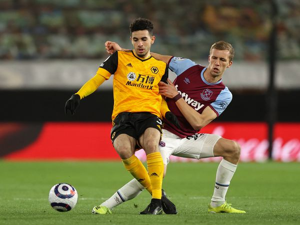 Rayan Ait-Nouri of Wolverhampton Wanderers and Tomas Soucek of West Ham United (AMA)