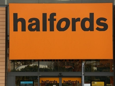Halfords offers free car and bicycle checks to NHS and emergency workers