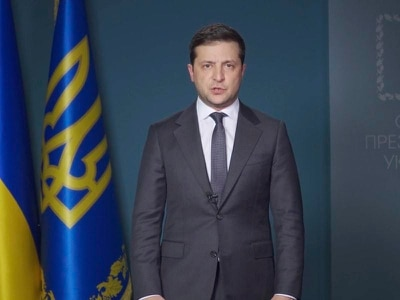 Ukrainian president asks PM who disparaged him to stay