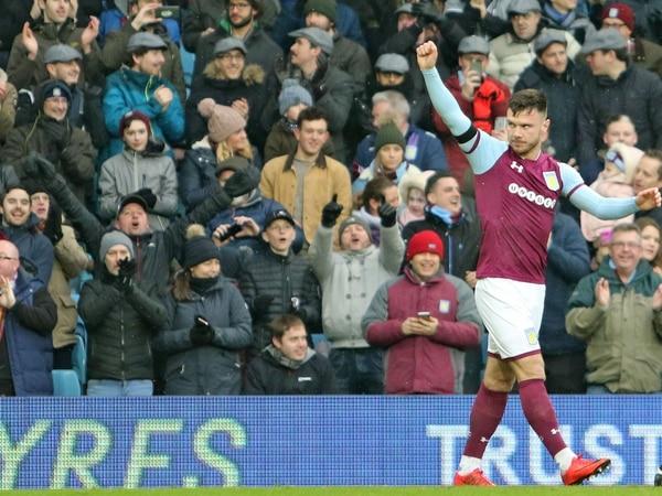 Steve Bruce: Scott Hogan hot streak won't halt Aston Villa striker search