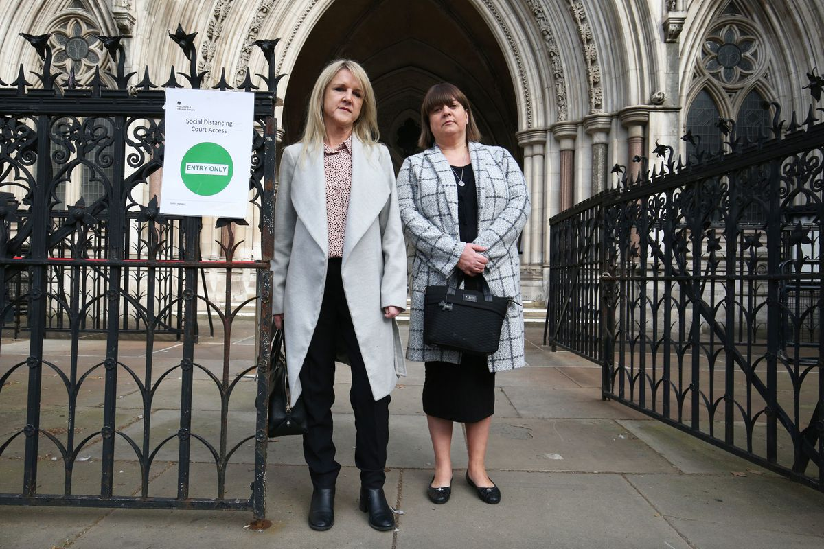 Former subpostmasters Janet Skinner, left, and Tracy Felstead outside the Royal Courts of Justice