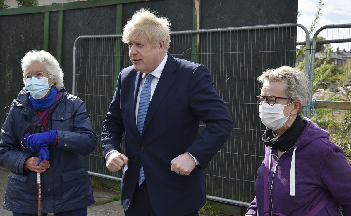 Boris Johnson meets with Jan Pritchard and Maggie Bickett in Stourbridge